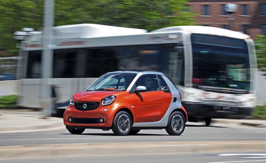 2017 Smart Fortwo cabriolet - Slide 3