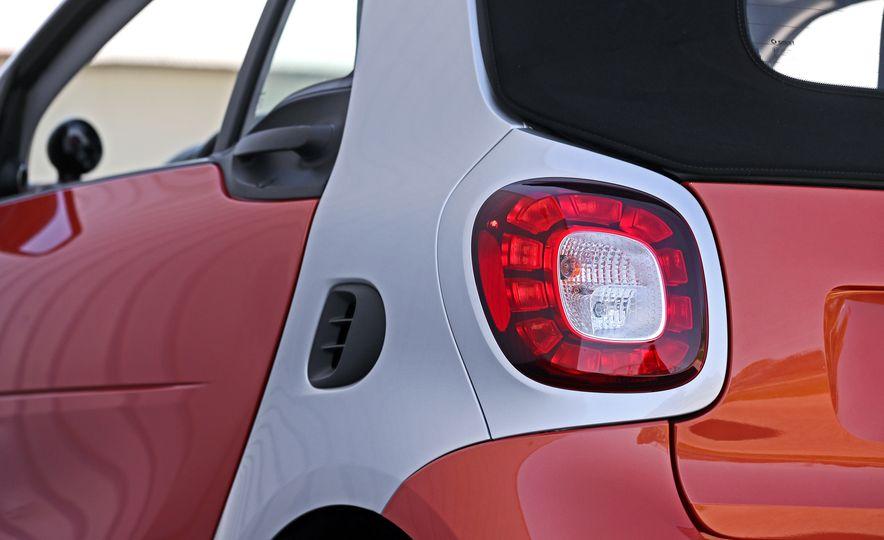 2017 Smart Fortwo cabriolet - Slide 37