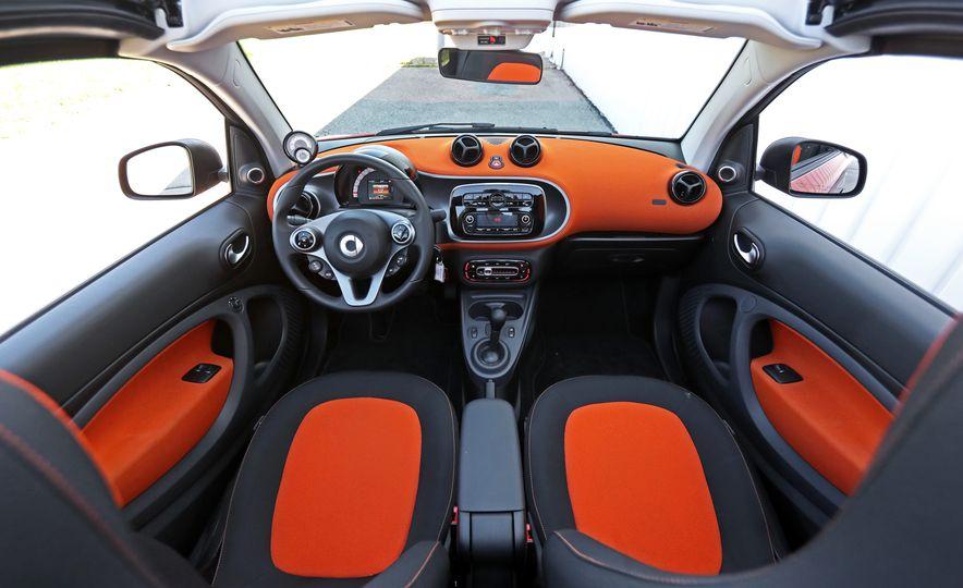 2017 Smart Fortwo cabriolet - Slide 43