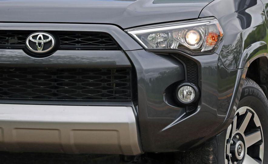 2017 Toyota 4Runner - Slide 32