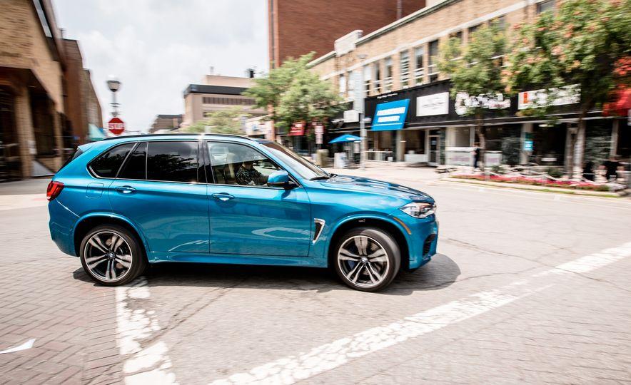 2017 BMW X5 M - Slide 1
