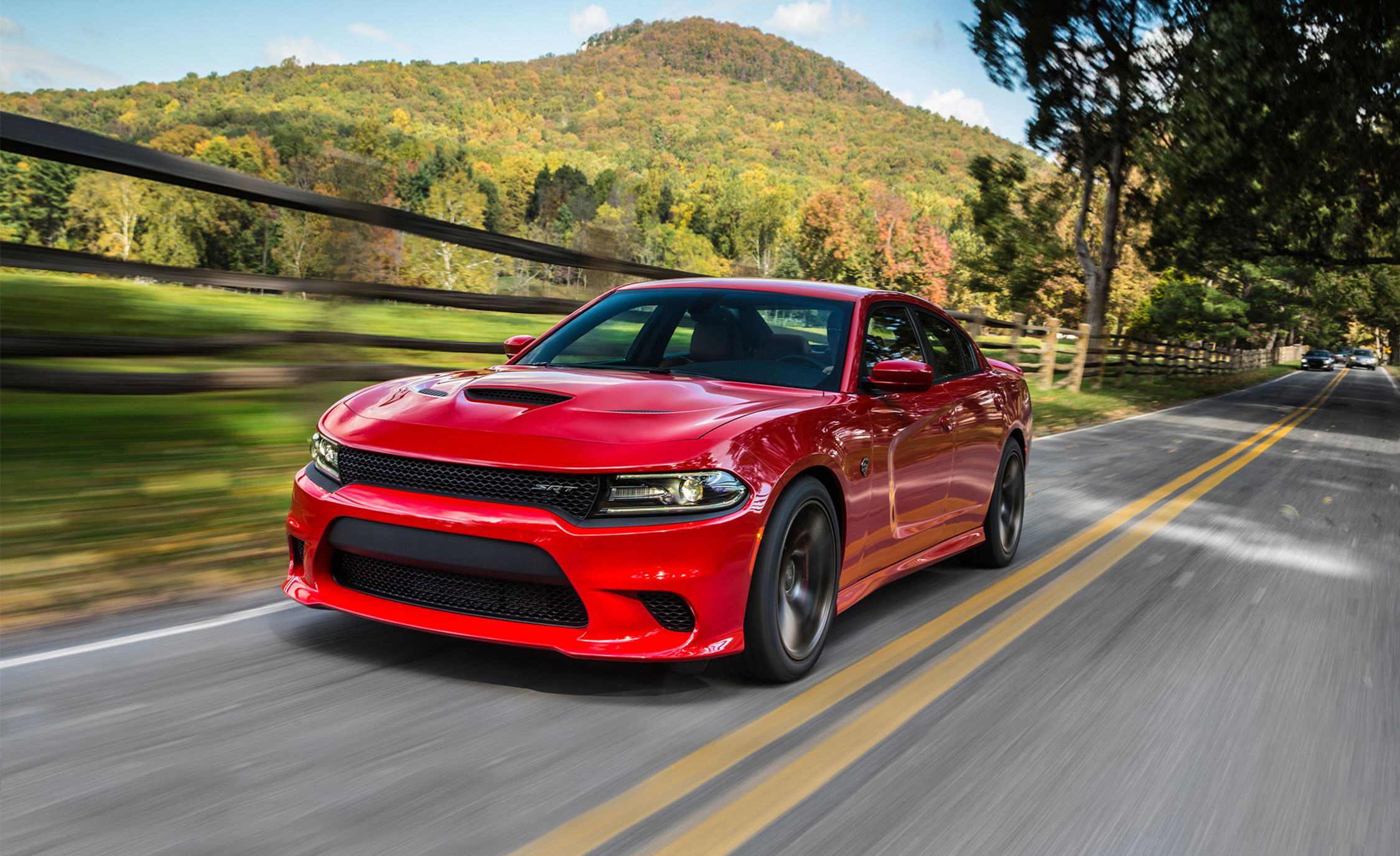 Toyota Build And Price >> 2017 Dodge Charger SRT / SRT Hellcat Pictures | Photo Gallery | Car and Driver