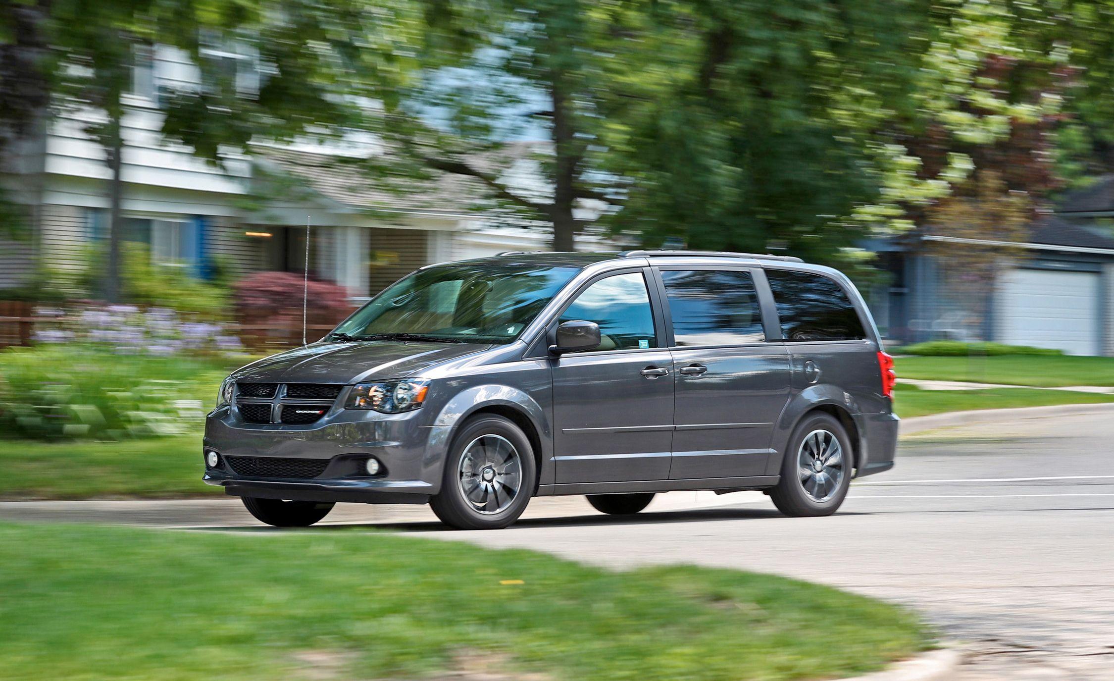 2019 Dodge Grand Caravan Reviews | Dodge Grand Caravan Price, Photos, and  Specs | Car and Driver