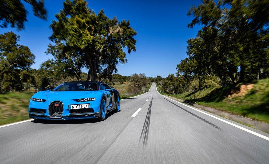 2018 Bugatti Chiron - Slide 2