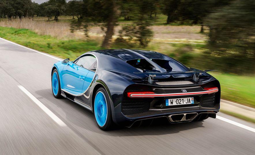 2018 Bugatti Chiron - Slide 19