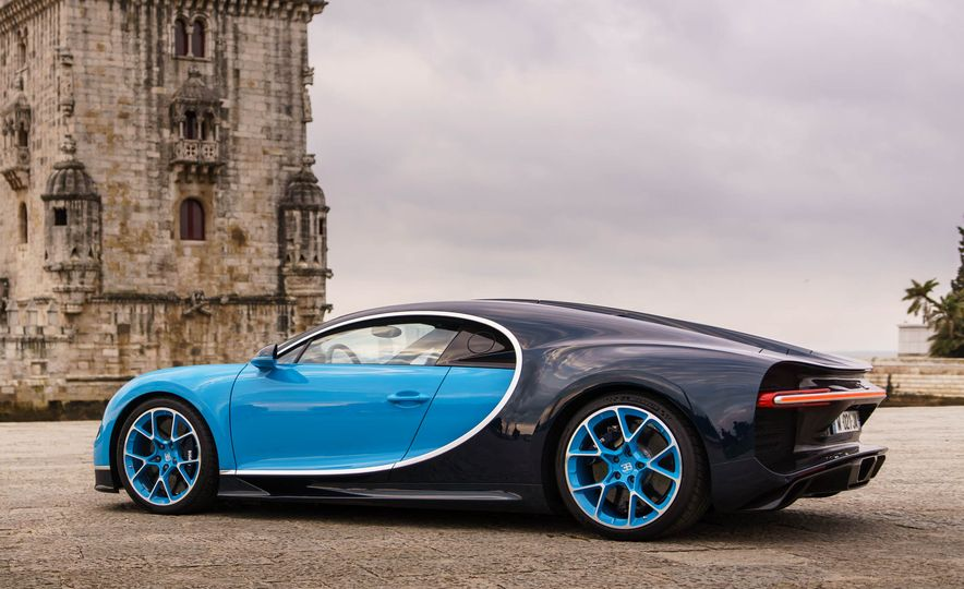 2018 Bugatti Chiron - Slide 26