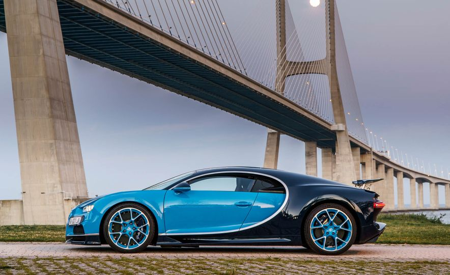 2018 Bugatti Chiron - Slide 30
