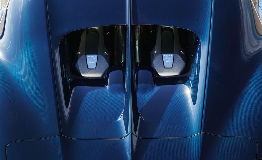 2018 Bugatti Chiron - Slide 42