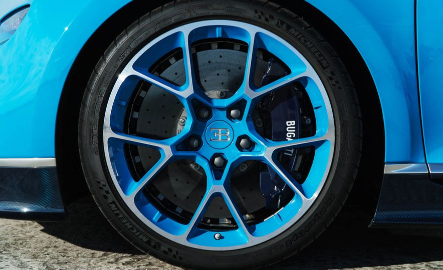 2018 Bugatti Chiron - Slide 53