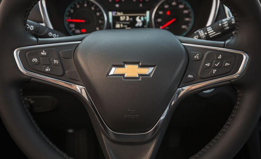 2018 Chevrolet Equinox Diesel - Slide 17