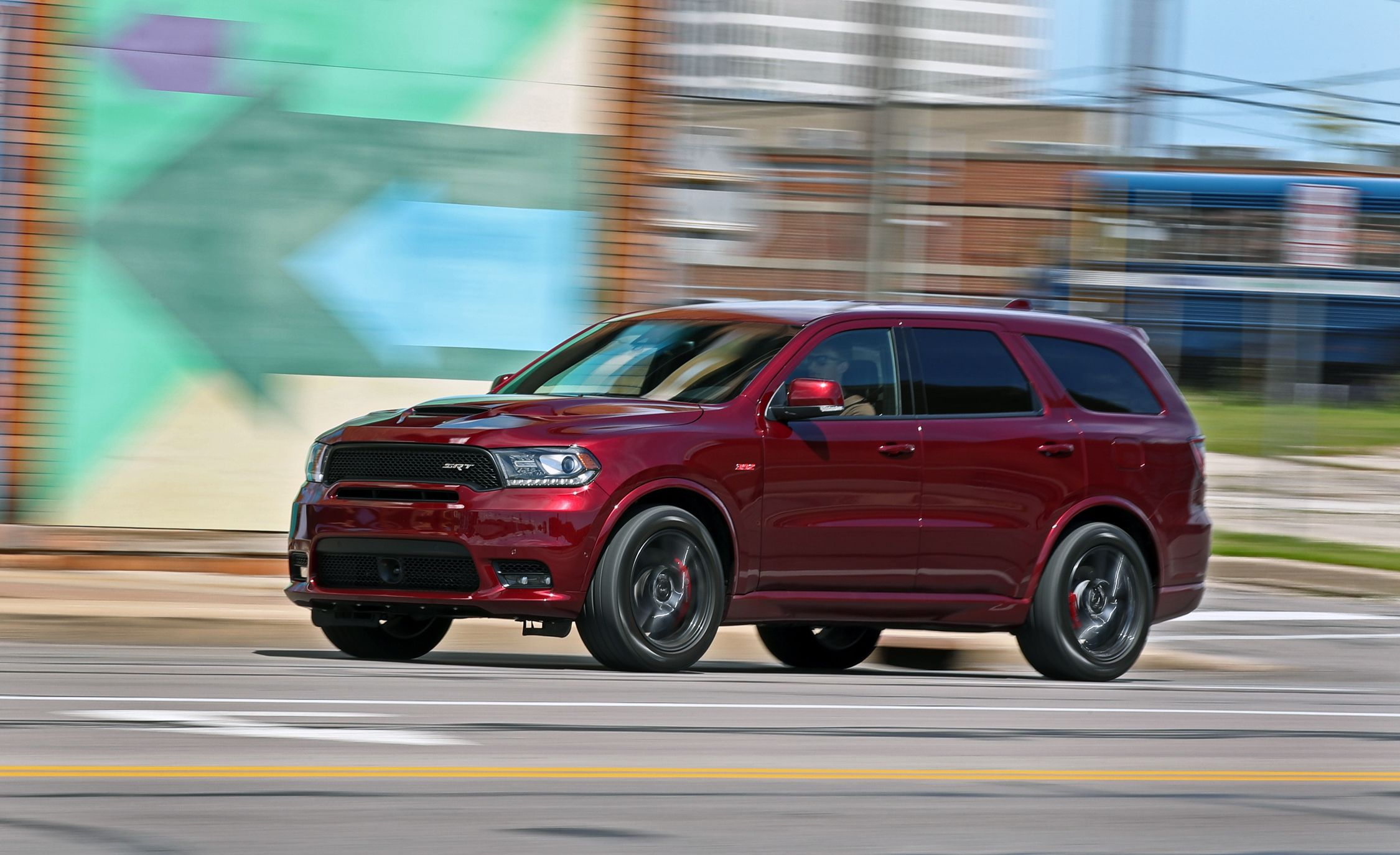 2018 Dodge Durango SRT Pictures | Photo Gallery | Car and ...