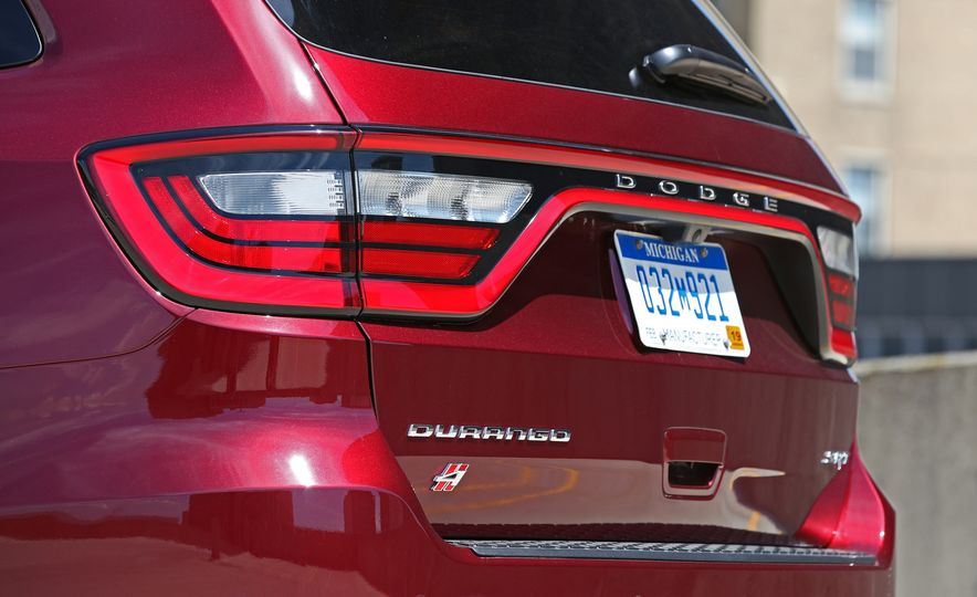 2018 Dodge Durango SRT - Slide 29