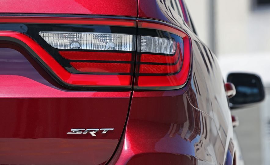 2018 Dodge Durango SRT - Slide 33