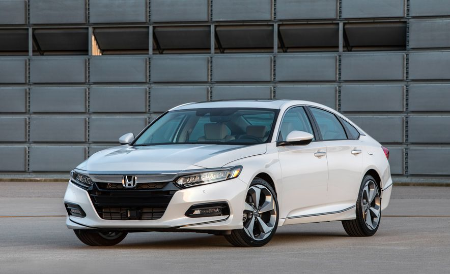 2018 Honda Accord - Slide 1