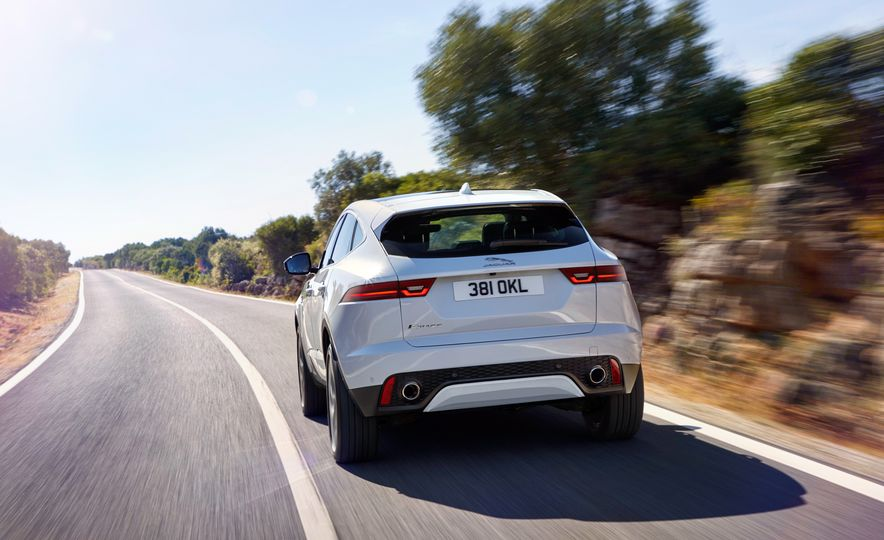 2018 Jaguar E-Pace - Slide 2