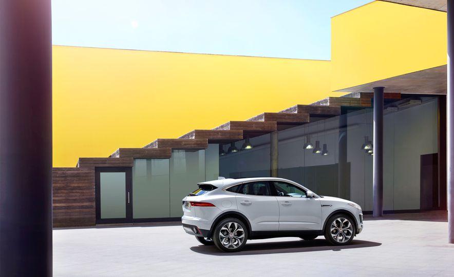 2018 Jaguar E-Pace - Slide 61