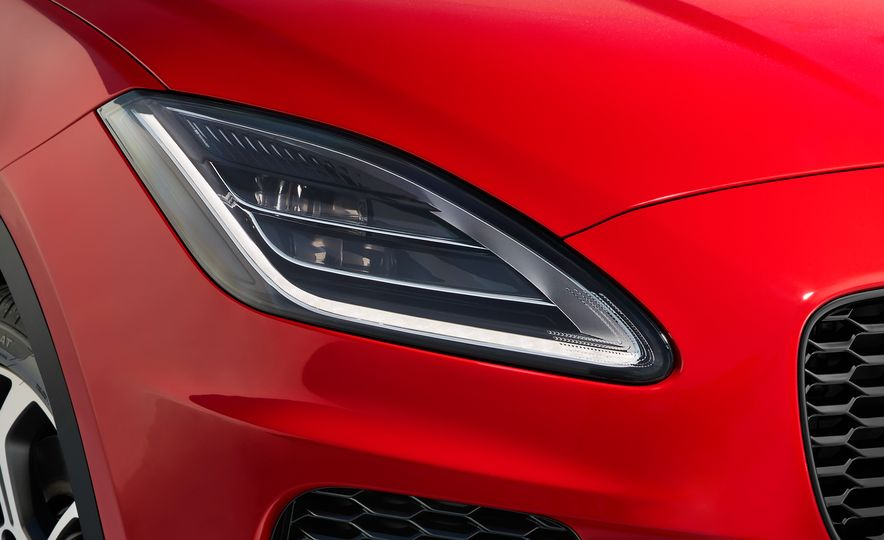 2018 Jaguar E-Pace - Slide 20