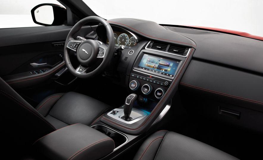2018 Jaguar E-Pace - Slide 29