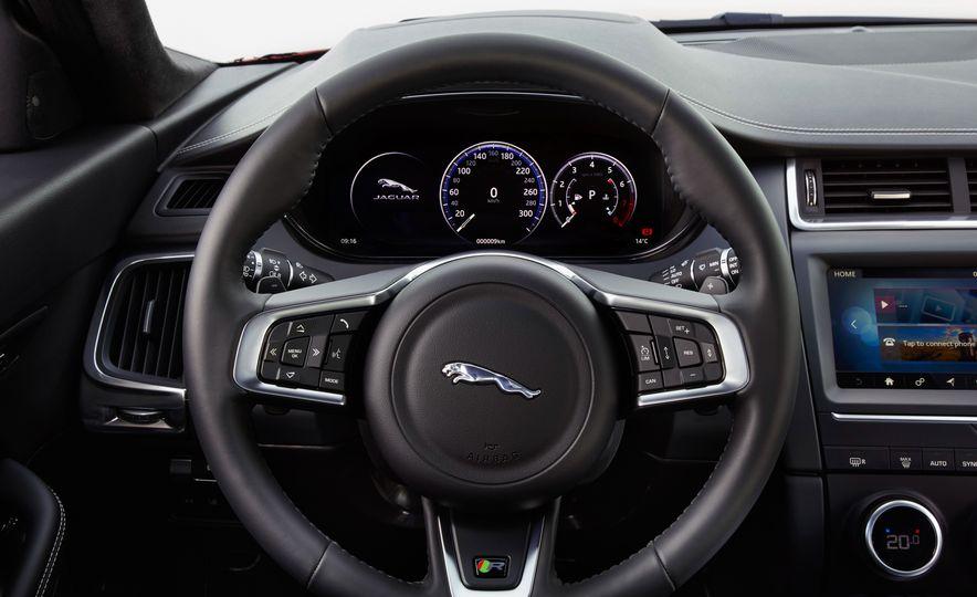 2018 Jaguar E-Pace - Slide 31