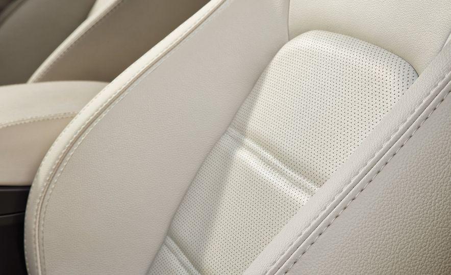 2018 Jaguar E-Pace - Slide 75