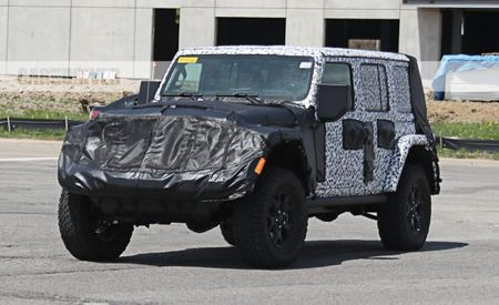 Turbo Four Reportedly to Join V-6 Options under 2018 Jeep Wrangler's Hood