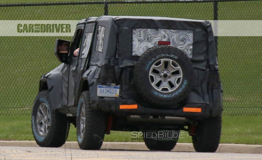 2018 Jeep Wrangler (spy photo) - Slide 23