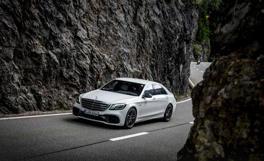2018 Mercedes-AMG S63 - Slide 5