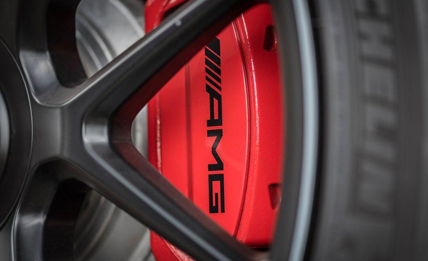 2018 Mercedes-AMG S63 - Slide 14