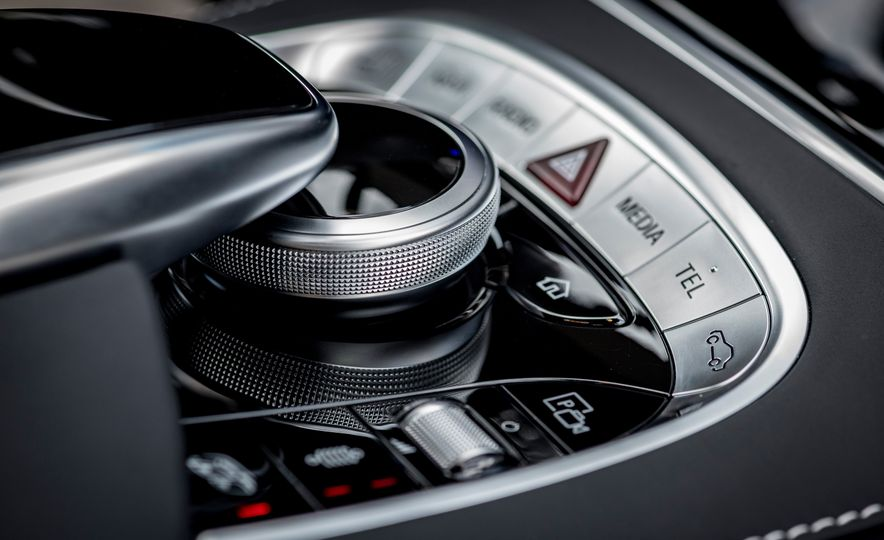 2018 Mercedes-AMG S63 - Slide 18