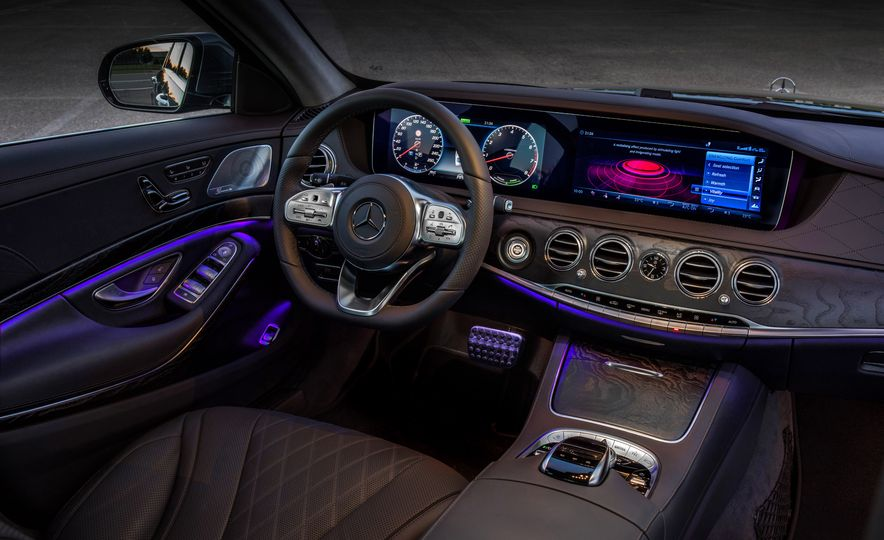 2018 Mercedes-AMG S63 - Slide 47