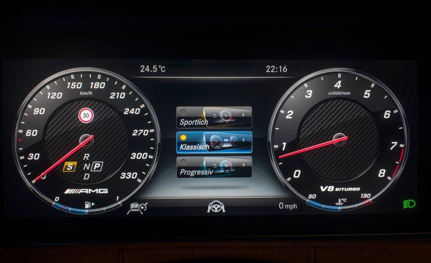 2018 Mercedes-AMG S63 - Slide 52