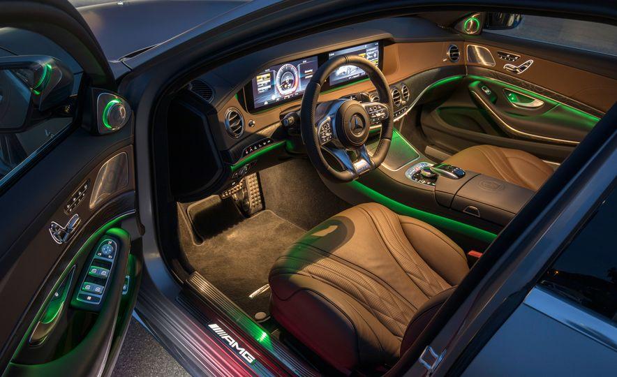 2018 Mercedes-AMG S63 - Slide 56