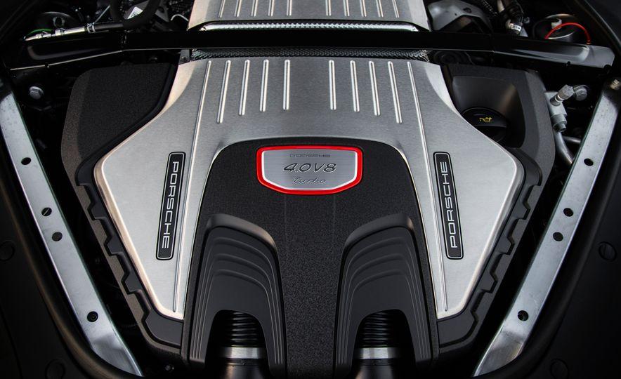 2018 Porsche Panamera Sport Turismo - Slide 47
