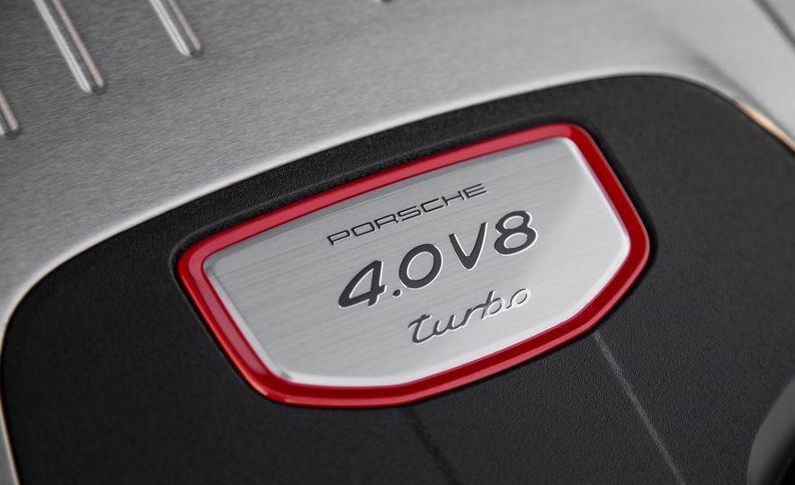 2018 Porsche Panamera Sport Turismo - Slide 48