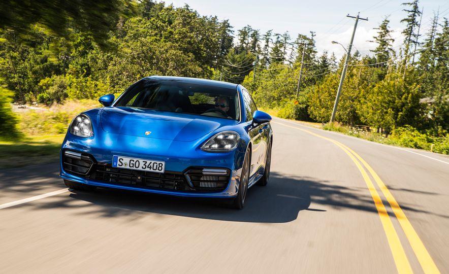 2018 Porsche Panamera Sport Turismo - Slide 72
