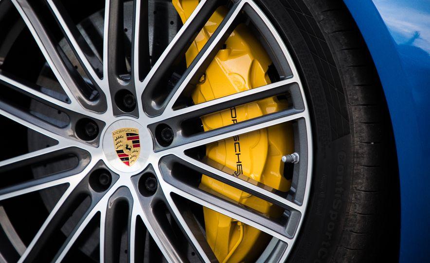 2018 Porsche Panamera Sport Turismo - Slide 83