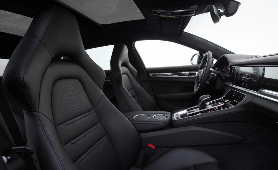 2018 Porsche Panamera Sport Turismo - Slide 85