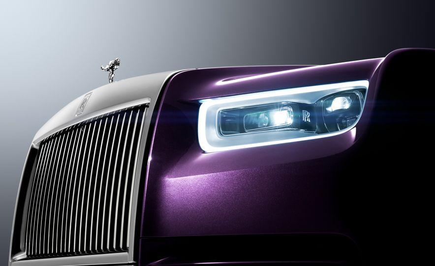 2018 Rolls-Royce Phantom LWB - Slide 5