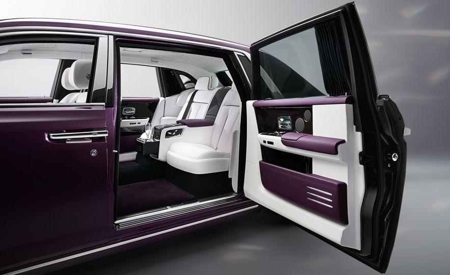 2018 Rolls-Royce Phantom LWB - Slide 7