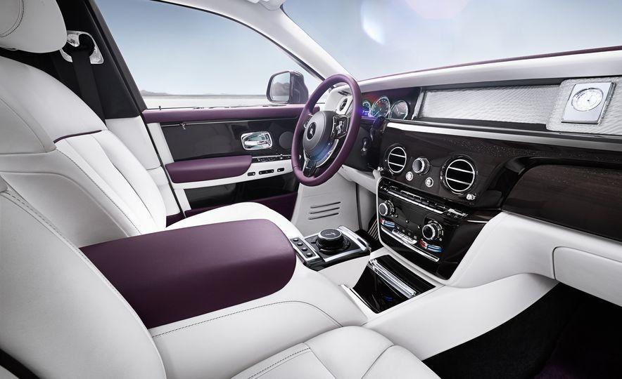 2018 Rolls-Royce Phantom LWB - Slide 10