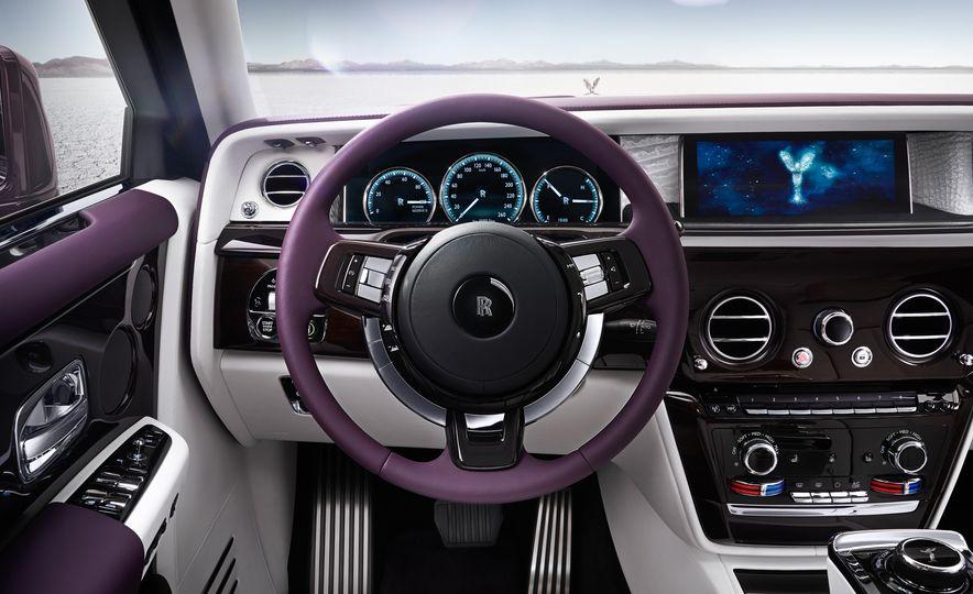 2018 Rolls-Royce Phantom LWB - Slide 11