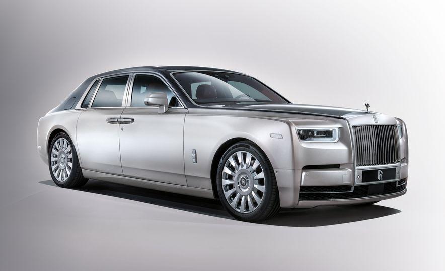 2018 Rolls-Royce Phantom LWB - Slide 13
