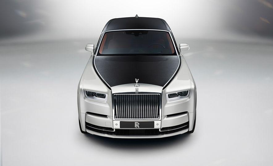 2018 Rolls-Royce Phantom LWB - Slide 14