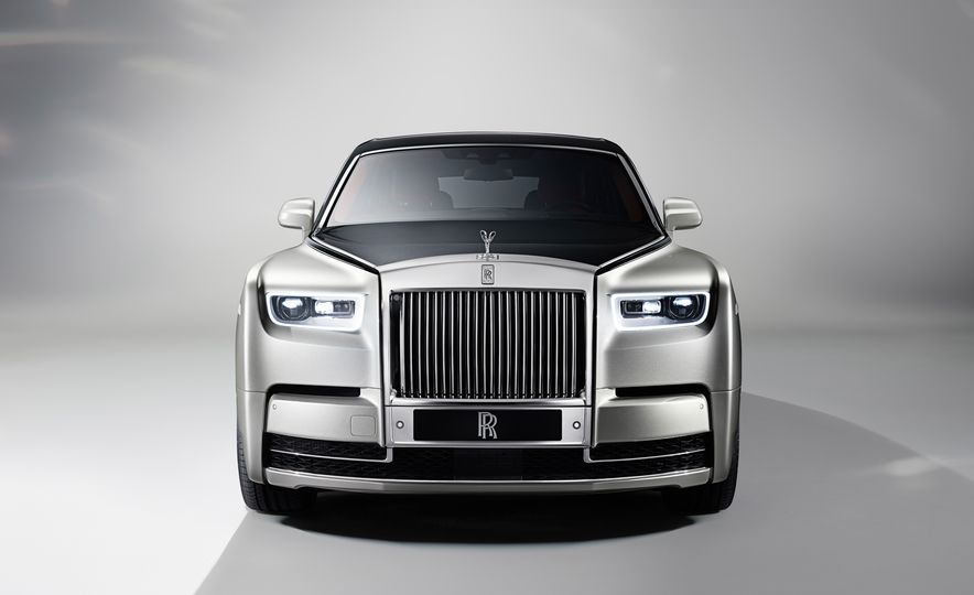 2018 Rolls-Royce Phantom LWB - Slide 15
