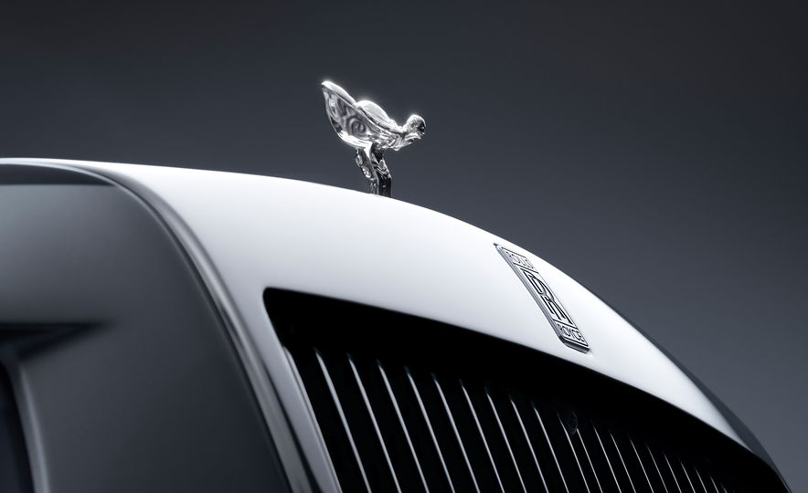 2018 Rolls-Royce Phantom LWB - Slide 23