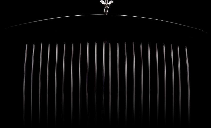 2018 Rolls-Royce Phantom LWB - Slide 26