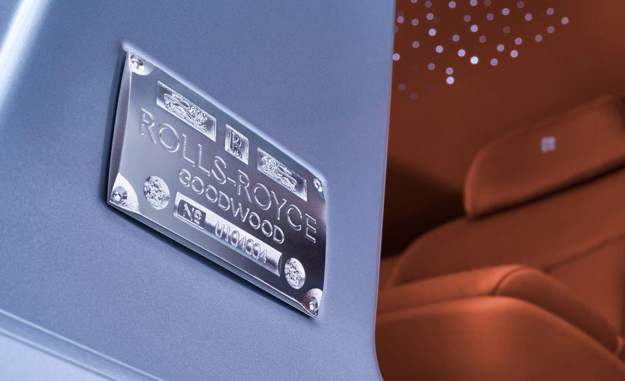 2018 Rolls-Royce Phantom LWB - Slide 29