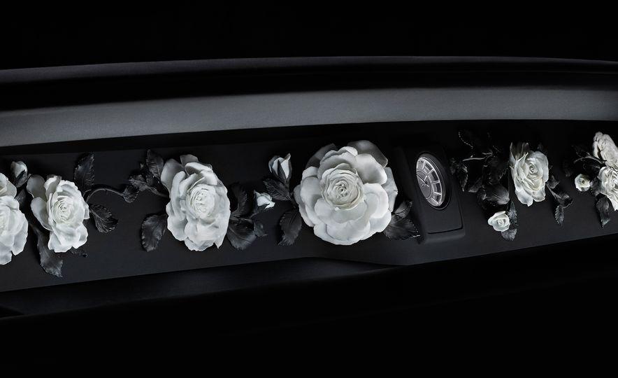 2018 Rolls-Royce Phantom LWB - Slide 37
