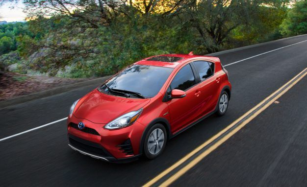 Toyota Prius C Adopts a Neo-SUV Look for 2018