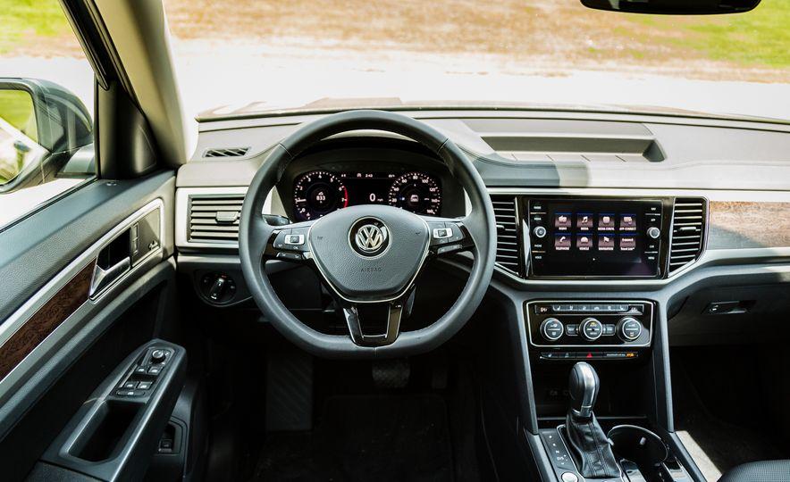 2019 Volkswagen Arteon - Slide 16